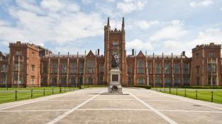 Queen's University Belfast: Học bổng mới nhất cho kỳ tháng 1/2022
