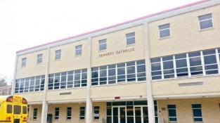 Trường Phổ thông Kennedy Catholic High School