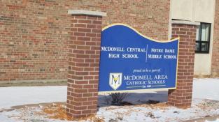 Trường Phổ thông McDonell Catholic Central High School