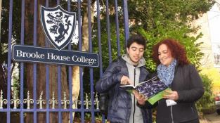 Trường nội trú Brooke House College - update mới nhất năm 2019